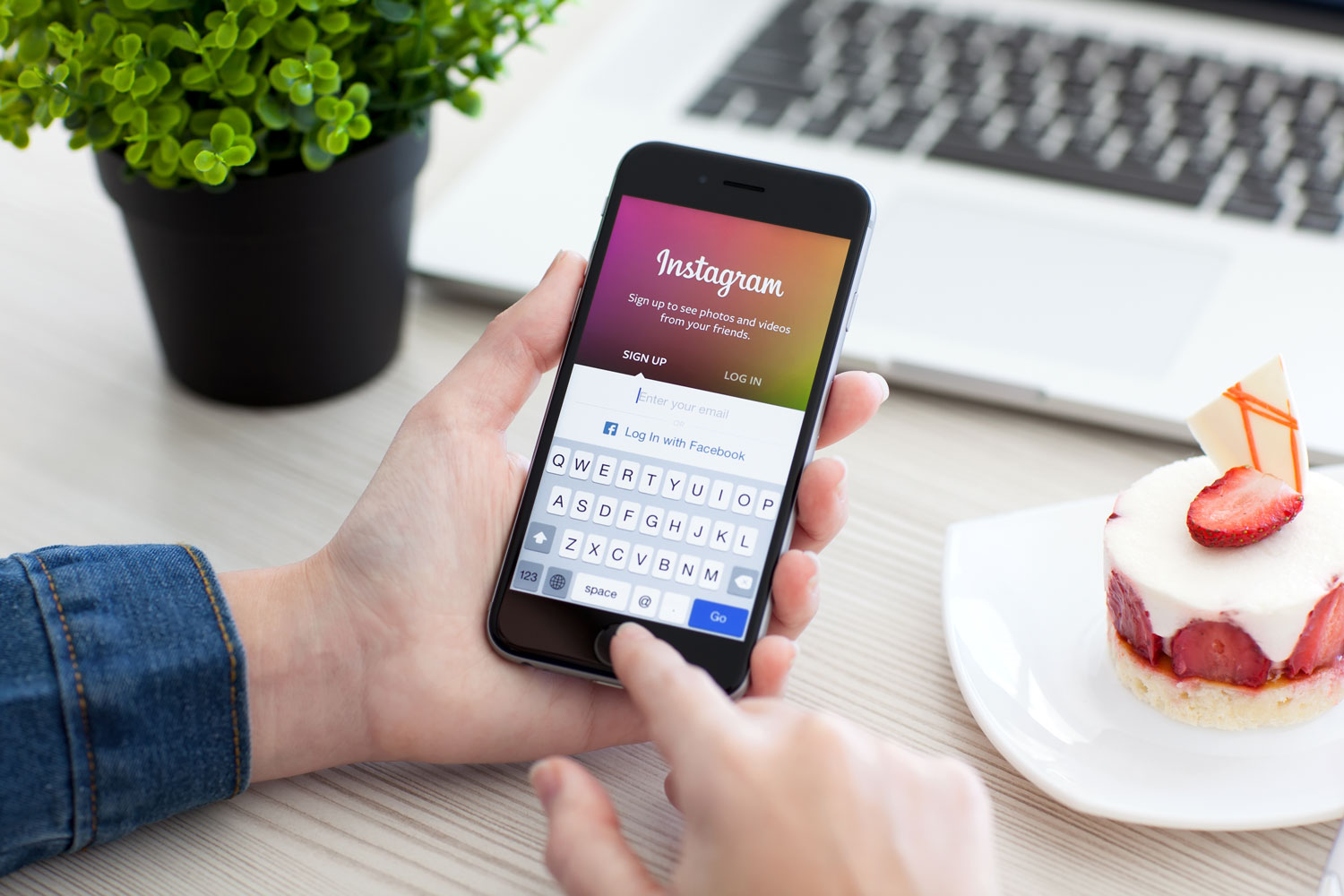 instagram-keyboard-app-take-pictures-photos-pics